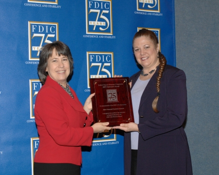 FDIC Chairman Sheila Bair (L) awards Elder Financial Protection Network 5 Founder/ CEO Jenefer Duane (R) with FDIC Chairman's Award
